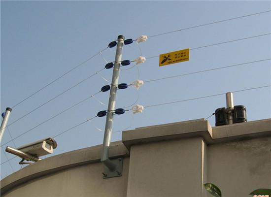 高压电脉冲电子围栏会电伤人吗?